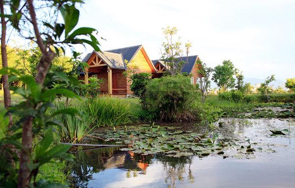 禾風竹露渡假木屋